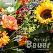 Blumenstraus mit Sonnenblumen
