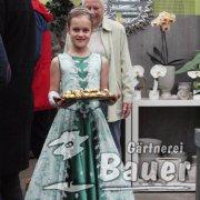 Prinzessin mit Goldkugeln